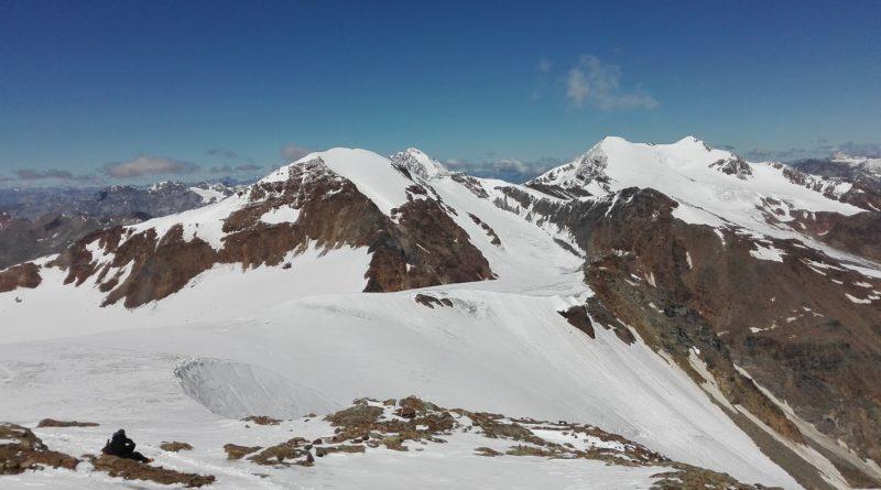 Dal Vioz verso il monte Cevedale e il Palon de la Mare